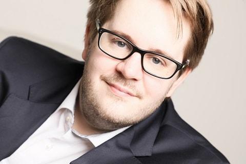 Philipp Ebert - Ihr Coach, Paartherapeut und Berater in Duisburg